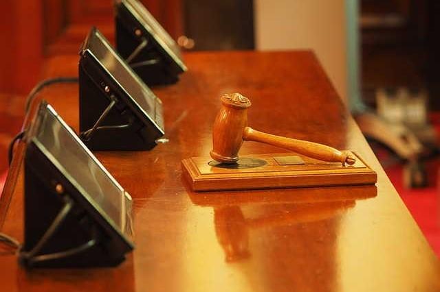 Advokat-uslugi